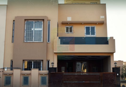 7 marla house for sale bahria town phase 8