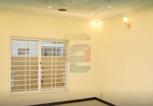 5 Marla House for Sale Bahria Town Phase 8