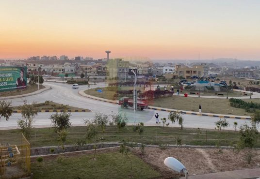 10 Marla House for Sale Bahria Town Phase 8 Islamabad