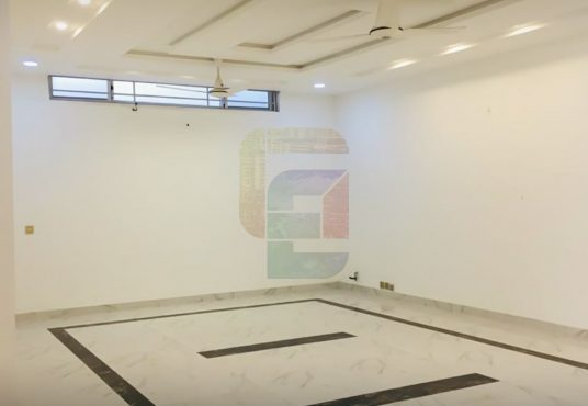25 Marla House Available for Rent Bahria Phase 7